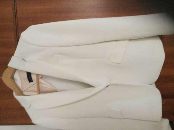 Casaco branco novo marca zara tamanho m