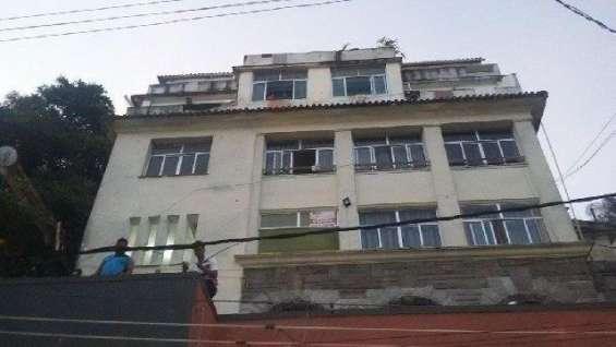 Predio 5 andares 42 suites e loja boteco - copacabana - rio de janeiro - brasil